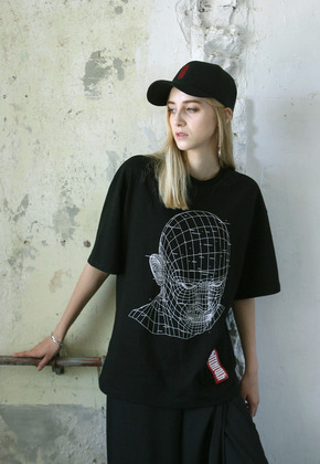 Kitchcock키치콕 GRID FACE T-SHIRT  BLACK