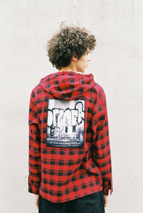 [너트앤볼트] NUTANDBOLT GRAPHIC CHECK HOODIE-SHIRTS (RED)
