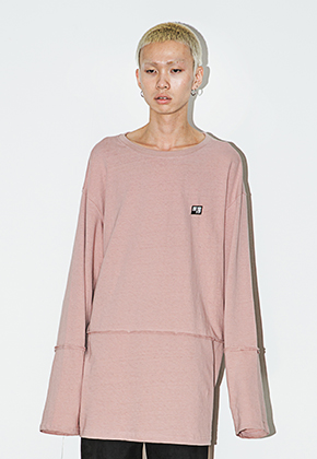 AJO BY AJO아조바이아조 Long Sleeve Crop T-Shirt (Indian Pink)