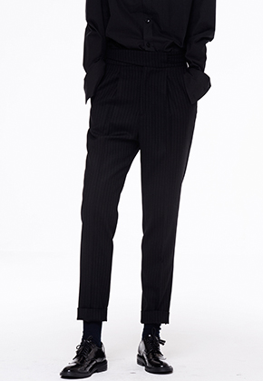 Noirer노이어 Woman Silk Gurkha Stripe Pants