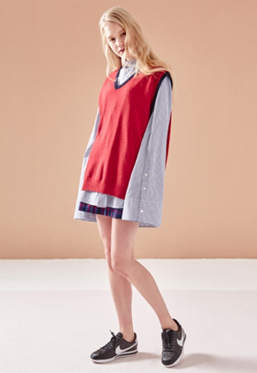 NOHANT노앙 V-NECK KNIT VEST RED