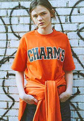 Charm's참스 Bold Logo T-Shirts Orange