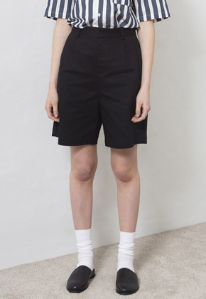 20% Sale [미니멀가먼츠랩] MMGL  Wide Fit Two Tuck Half Pants Black