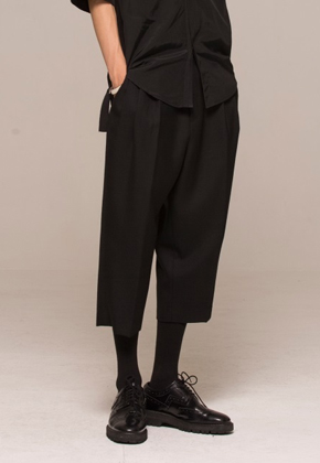Noirer노이어 MEN Gurkha Wool Bucket Pants