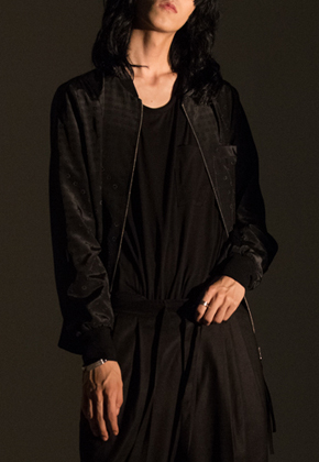 Noirer노이어 MEN Silk Dot Blouson (Black)