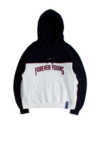 Romantic Crown로맨틱크라운 Forever Young Piping Hoodie_White