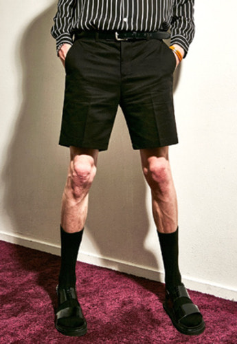 Yan13얀써틴 COMFORTABLE SHORT PANTS_BLACK