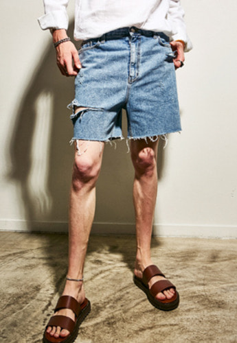 Yan13얀써틴 BOLD CUTTING SHORT JEAN_DENIM