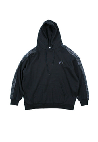 AJO BY AJO아조바이아조 Over Twofold Camo Hood (Black)