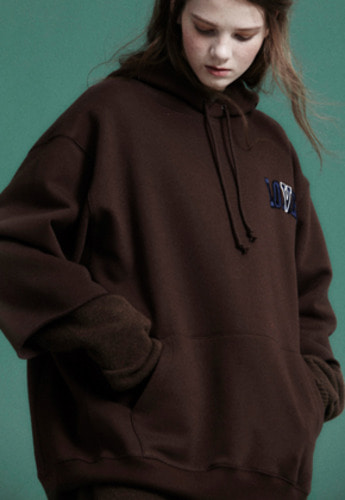 NOHANT노앙 LONELY/LOVELY CROPPED LOGO HOODIE BROWN