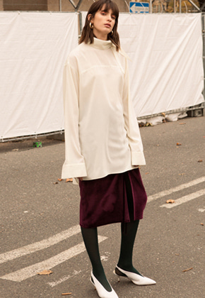 Anderssonbell앤더슨벨 HIGH NECK LONG BLOUSE atb171w Ivory