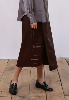 More or Less모어올레스 CAMPAIGN SILKY WRAP SKIRTBROWN