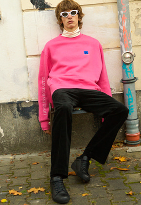 Anderssonbell앤더슨벨 UNISEX ARCHIVE PATCH SWEATSHIRT atb173u M/Pink