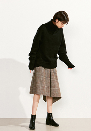Voiebit브아빗 V523 LOOSE HEM  TURTLENECK WOOL KNITBLACK