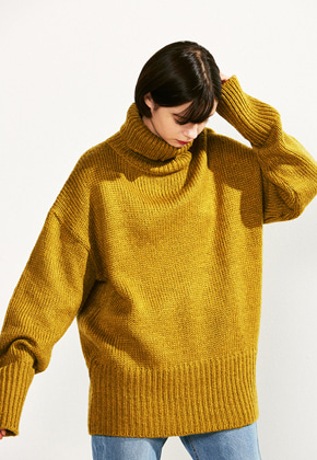 Voiebit브아빗 V523 LOOSE HEM  TURTLENECK WOOL KNITOLIVE