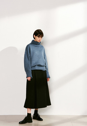 Voiebit브아빗 V523 LOOSE HEM  TURTLENECK WOOL KNITSKYBLUE