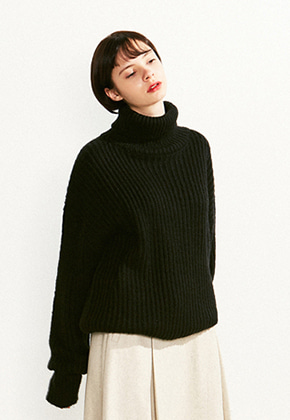 Voiebit브아빗 V526 OVERSIZE TURTLE NECK WOOL KNITBLACK