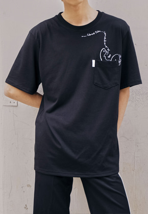 The Greatest더 그레이티스트 GTXHAIL03 Pocket T-Shirts BLACK