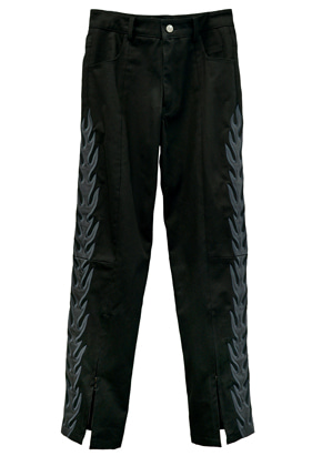 MPQ엠피큐 MPQ FLAME PILLAR DIVIDED DENIM (BLACK)