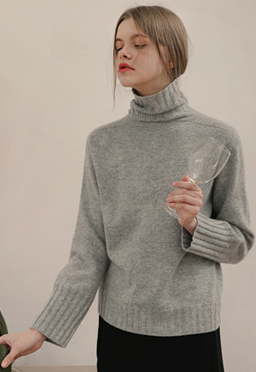 More or Less모어올레스 CASHMERE TURTLENECK KNITGREY