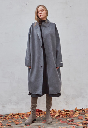 Yan13얀써틴 HIGH-NECK OVERFIT HANDMADE WOOL COAT_DRAK GRAY