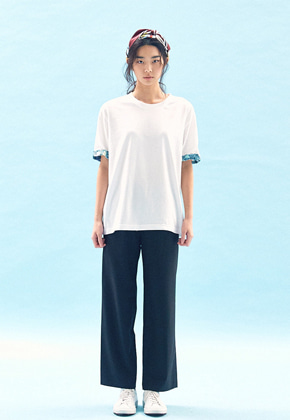 Freiknock프라이노크 FLOWER TRIM T-SHIRT(WHITE)