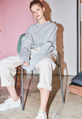 NOHANT노앙 TWO-WAY V-NECK SWEATSHIRT GRAY
