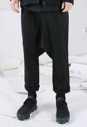 FROMMARK프롬마크 NEW DROP CROTCH PANTS Black