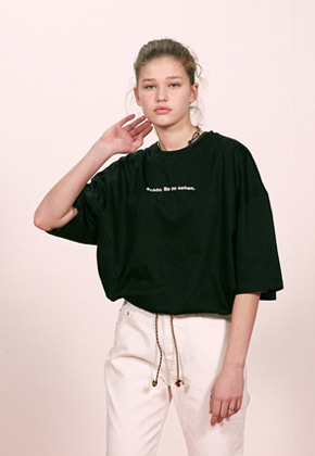 Haleine알렌느 BLACK 18ss slogun 1/2 t-shirts(ET002)