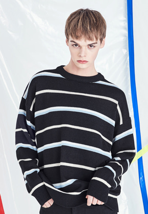 Voiebit브아빗 V530 THIN STRIPE KNIT  BLACK