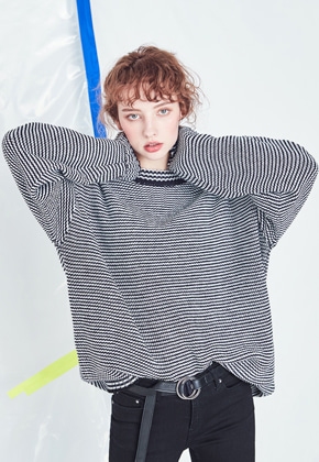 Voiebit브아빗 V535 MARINE STRIPE KNIT  BLACK