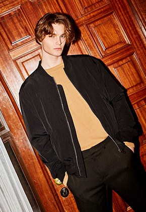 Yan13얀써틴 SEMI WIDE BLOUSON_BLACK