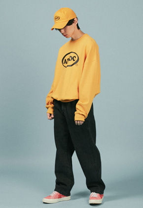 A Piece Of Cake어피스오브케이크 Oval Logo Crewneck_Yellow