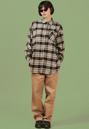A Piece Of Cake어피스오브케이크 Oval Logo Check Shirts_Black
