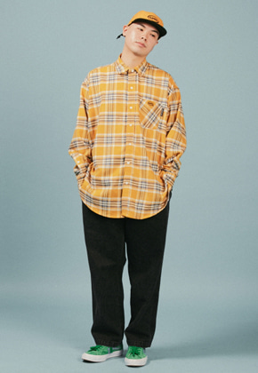 A Piece Of Cake어피스오브케이크 Oval Logo Check Shirts_Yellow