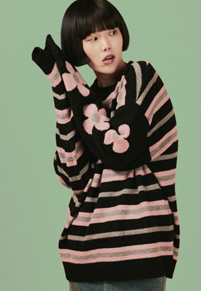 A Piece Of Cake어피스오브케이크 Half Flower knit_Black