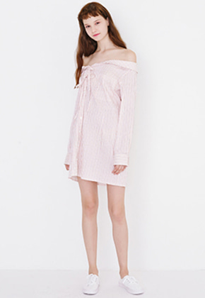 Margarin Fingers마가린핑거스 OFF SHOULDER ONE PIECE