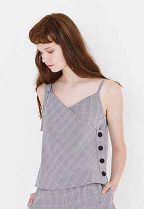 Margarin Fingers마가린핑거스 BUTTON DETAIL SLEEVELESS
