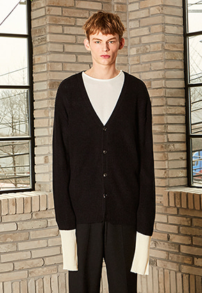 Yan13얀써틴 DROP SHOULDER CARDIGAN_BLACK