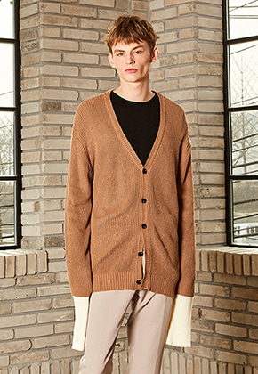 Yan13얀써틴 DROP SHOULDER CARDIGAN_DARK BEIGE