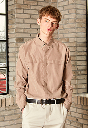 Yan13얀써틴 CROSS HIDDEN SHIRTS_DARK BEIGE
