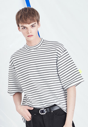 Voiebit브아빗 V323 TWO WAY STRIPE HALF-TEE  WHITE