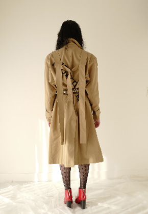 Nightflow나이트플로우 Extra Long Back Strap Trench Coat (Beige)