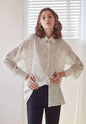 Yan13얀써틴 DOT SLEEVE BLOUSE_IVORY