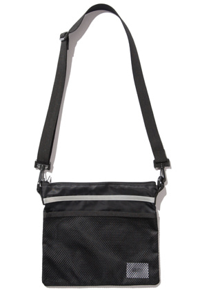 Kruchi크루치 Scotch Sacoche Bag -  (Black)