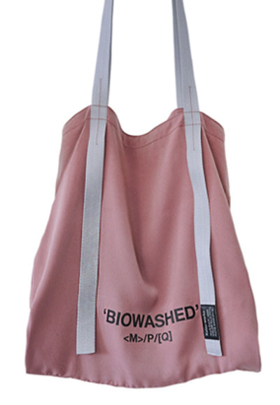 MPQ엠피큐 'BIOWASHED' SIGNATURE SATIN BAG (INDIAN PINK)