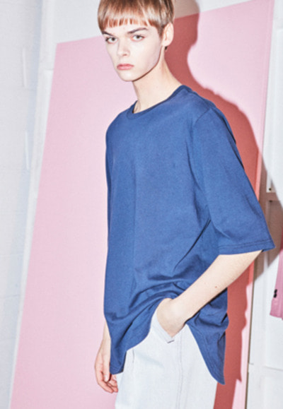 NOHANT노앙 CURVED T-SHIRT NAVY