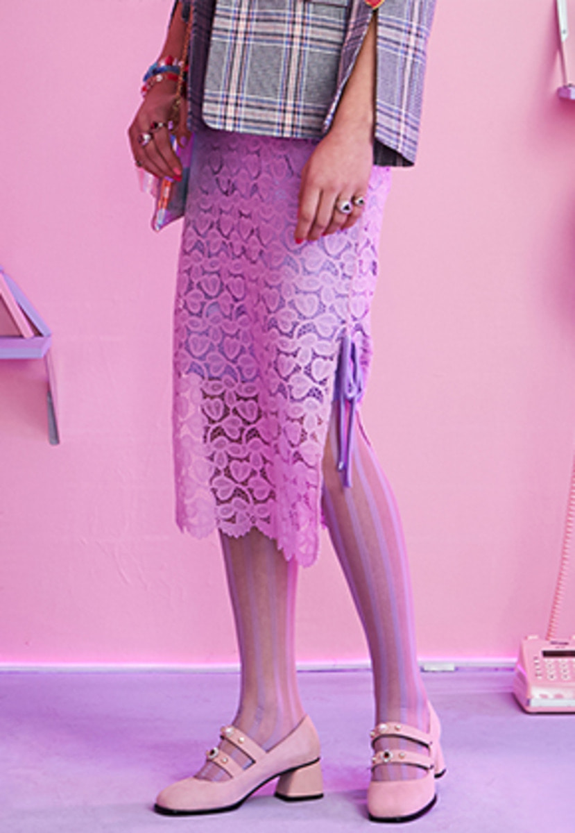 VVV브이브이브이 VVV LILAC PINK LACE RIBBON MID SKIRT