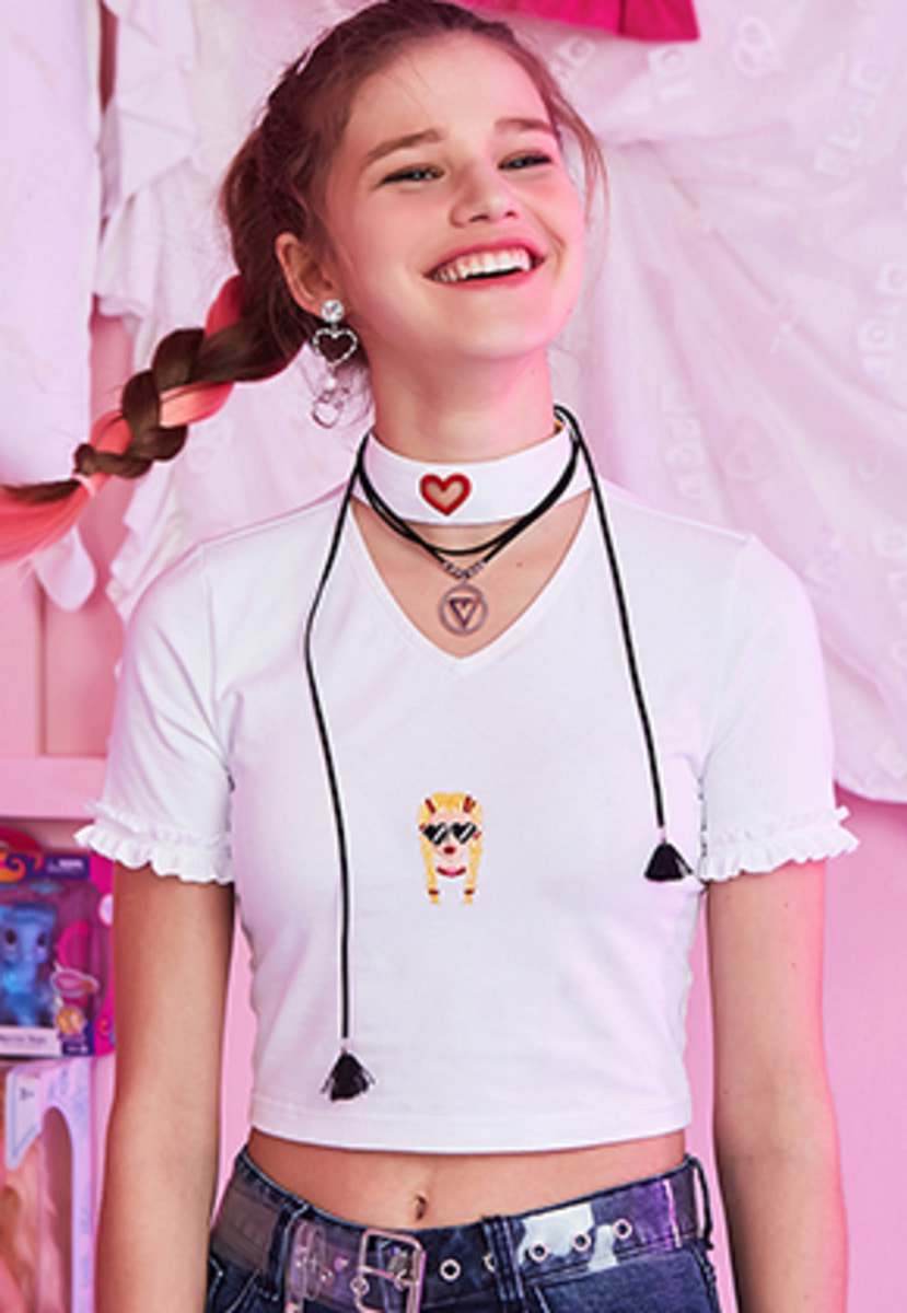 VVV브이브이브이 VVV WHITE HEART NECK VIKI CROP TOP