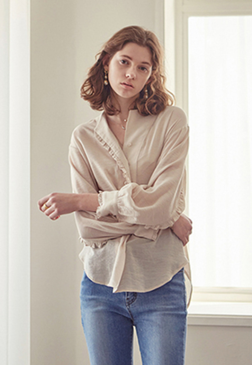 Yan13얀써틴 FRILL LIMITED BLOUSE_BEIGE